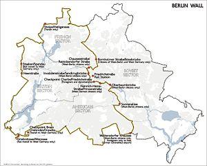 300px-Karte_berliner_mauer_en